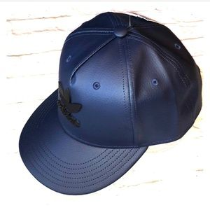 adidas Accessories - NWT Adidas metal trefoil Navy/black adjustable hat